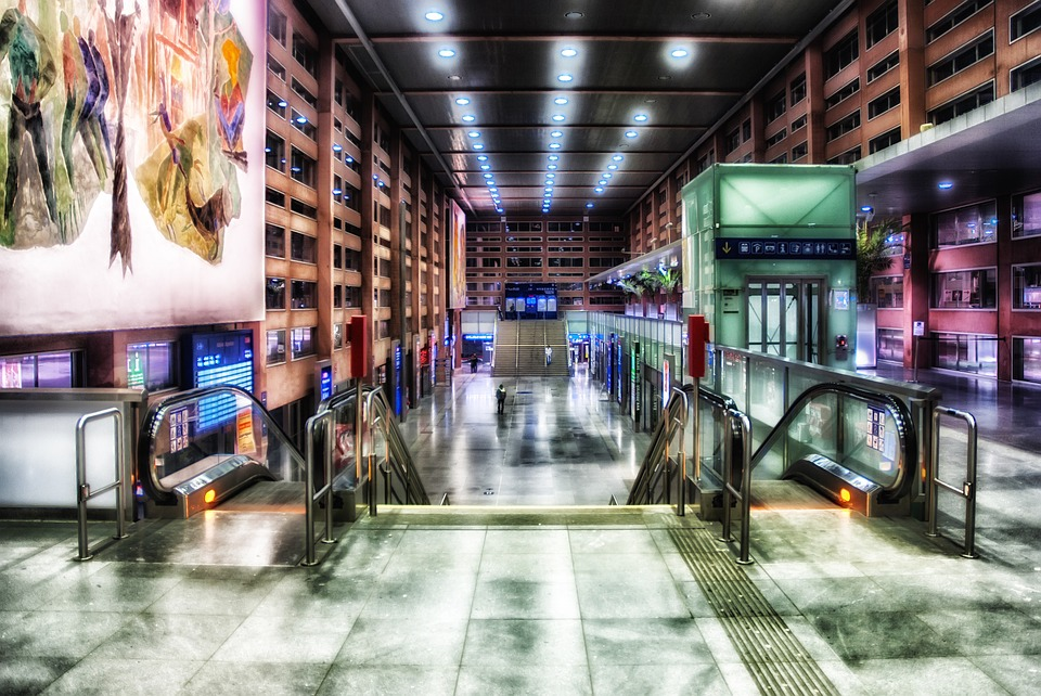 innsbruck, austria, train station
