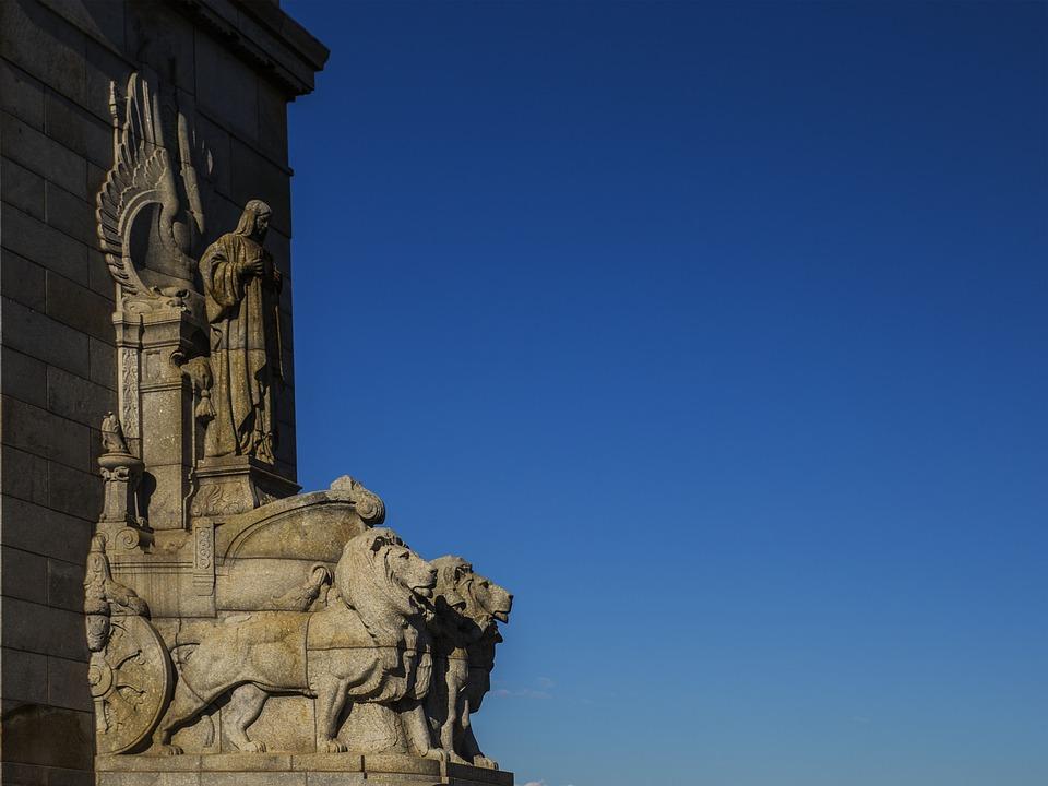 shrine, melbourne, lion