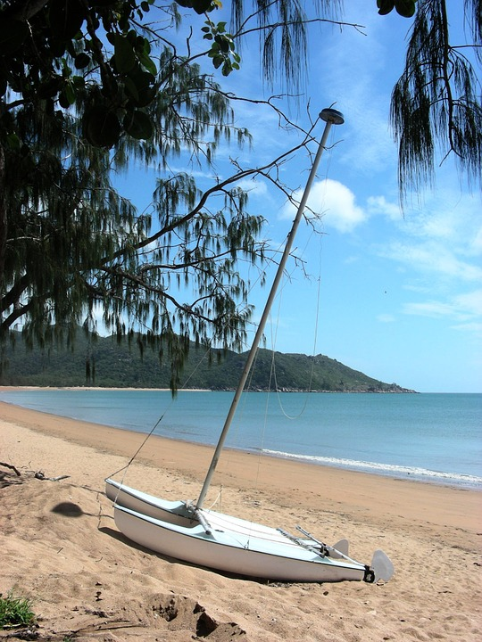 horseshoe bay, magnetic island, queensland